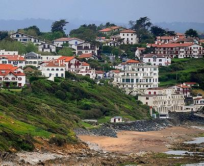 Guéthary: un village basque en bord d'océan
